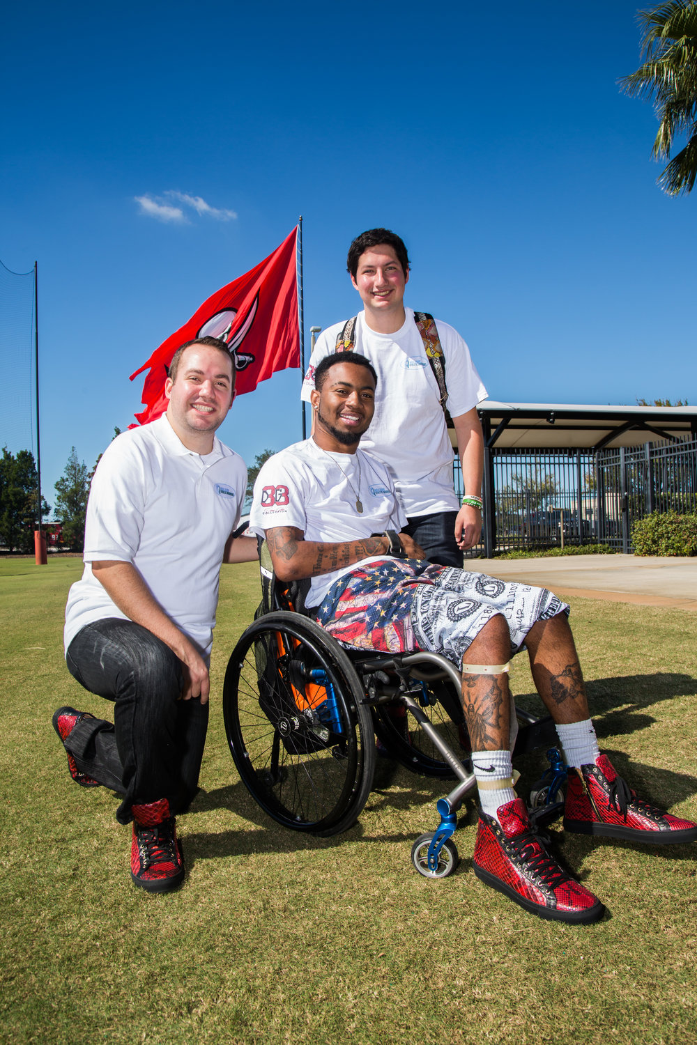 NFL Athletes & Celebs Are Rocking Fresh Kicks to Support Devon Gales - December 26, 2017