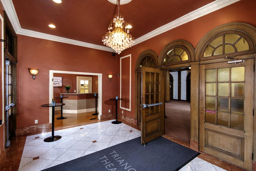 TrianonFoyer.jpg