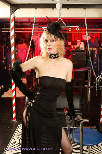 London-Mistress-Kings-Cross-Dungeon