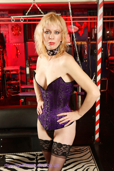 Corset-BDSM-London-Mistress