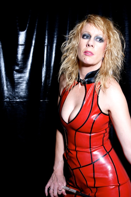 Red-latex-London-Mistress