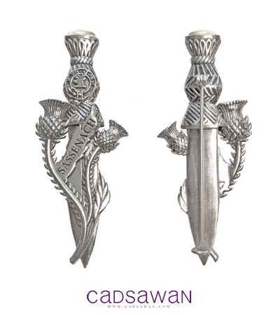 Janet Cadsawan makes beautiful jewelry inspired by Outlander and other book series that I enjoy, including the All Souls Trilogy (Deborah Harkness) and the Black Dagger Brotherhood (J.R. Ward).