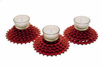 Red_Gear_Candle_Holder_Clear_Candle__1024x680___2_-305-400-600-80.jpg