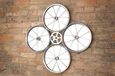 quad_mirror_brickwall-158-400-600-80.jpg