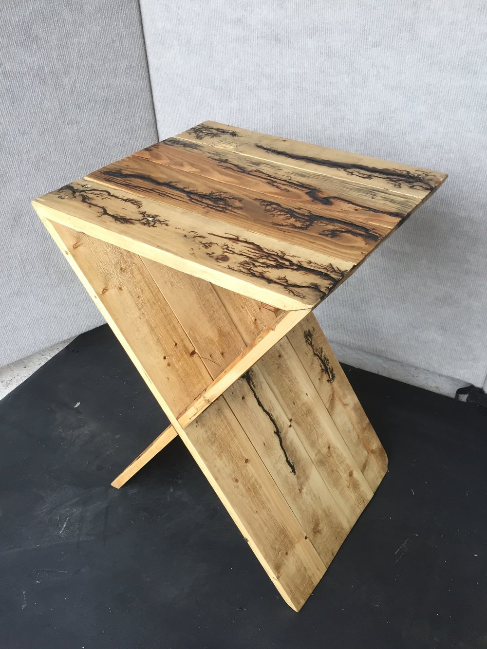 Pallet wood side table with elctro burning.