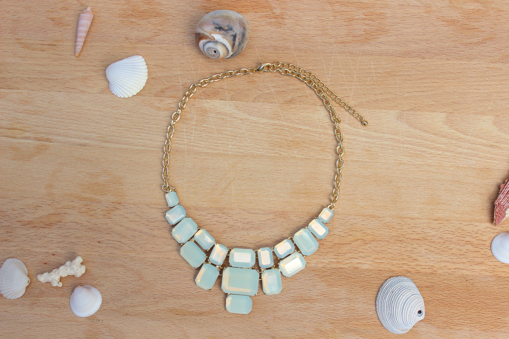 teal-statement-necklace