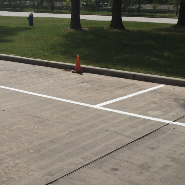 Parking Restriping Lines The Woodlands
