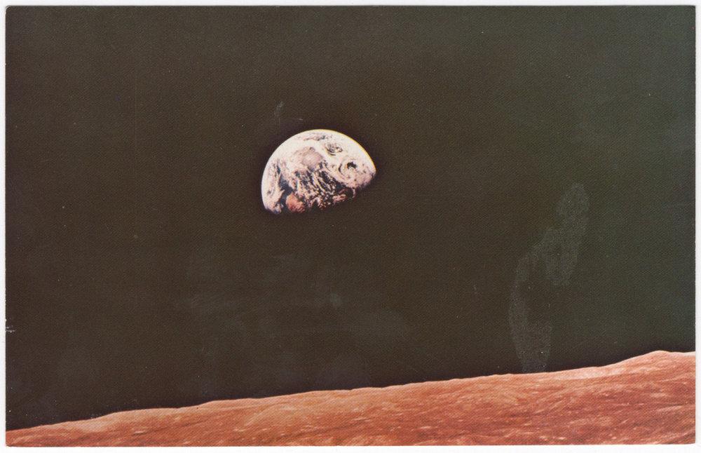 ERM-XXXX-POSTCARD-NASA_TOURS-EARTHRISE-FRONT.jpg