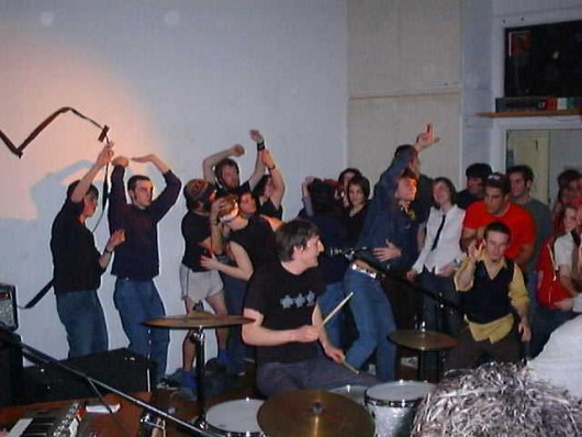 mates-of-state-at-mass-art-classroom-show_116378660_o.jpg