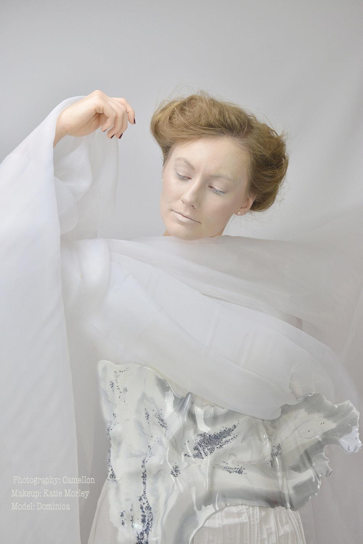 eco-resin-innovation-fashion-by-shandana.jpg