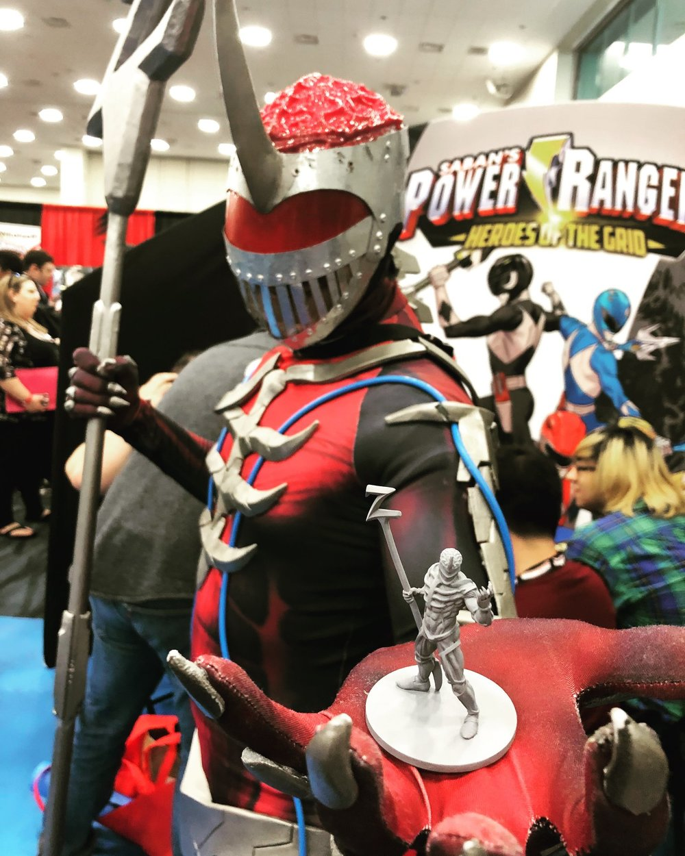Lord Zedd cosplayer and the figure!
