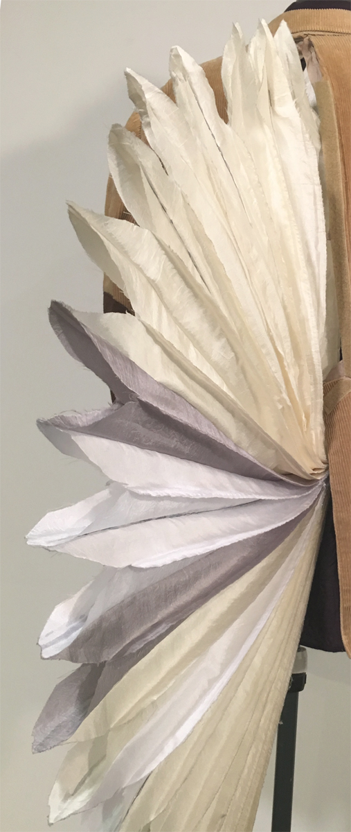 Unfolding Tail Fin