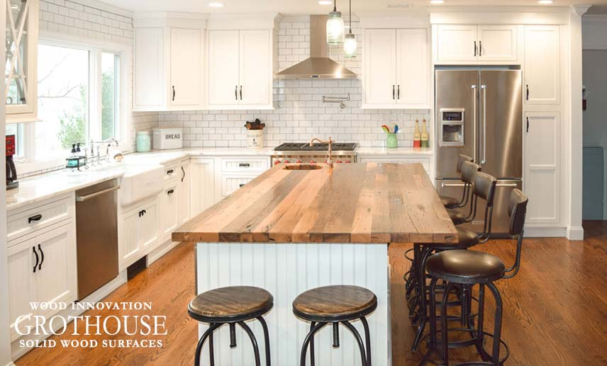 reclaimed_chestnut_wood_countertops_21107.jpg