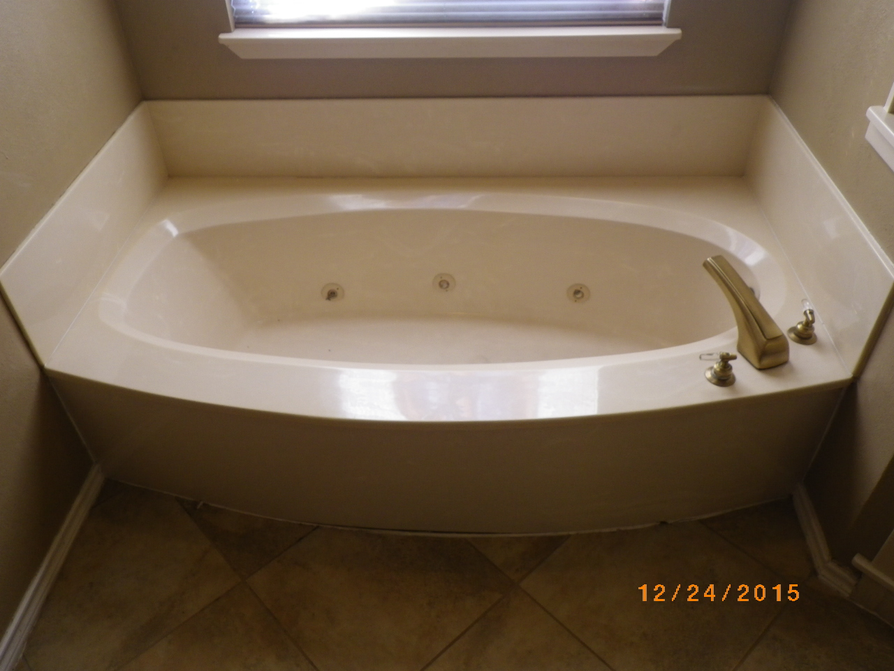 Home Maintenance Newsletter - Bathtub and Showers — Cofer Real ...