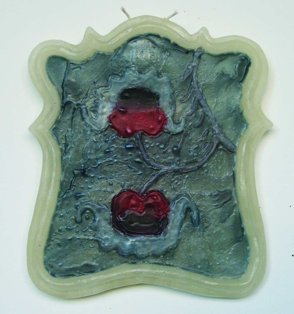Jenna Beasley, Twinned organism, 2018, paraffin wax, 12 x 9 inches
