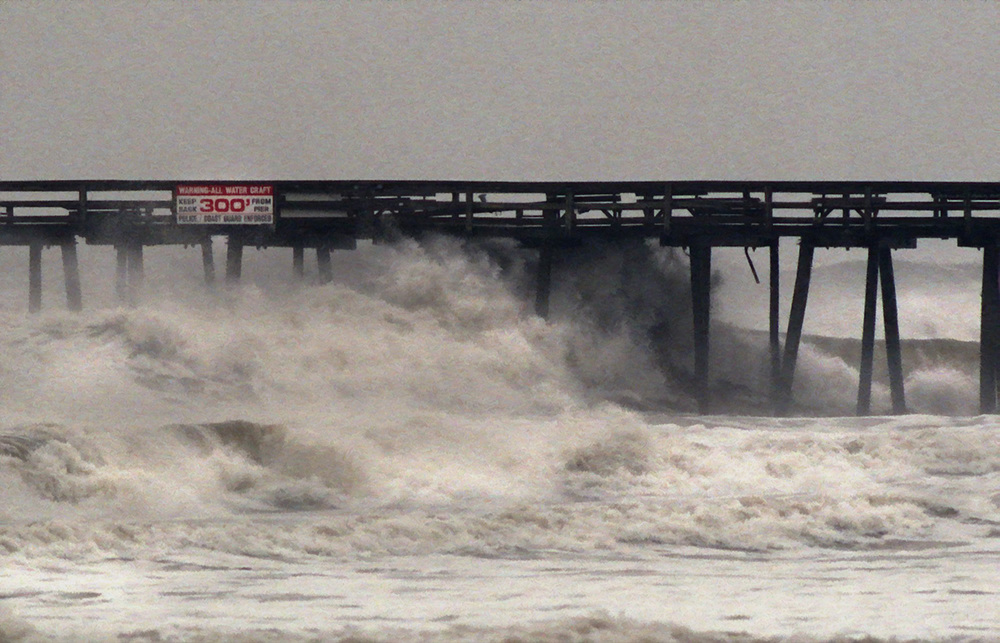 Hurricane Floyd / The Fishing Pier