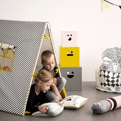 (5) Play and Put Away - foldable, and has curtains on the windows. Too cute! Via  2Modern