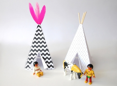 (10) Le Petit Teepee - Still not enough room? No problem. Try this rainy day craft activity with your munchkin(s) via  Pom le Bon Homme .