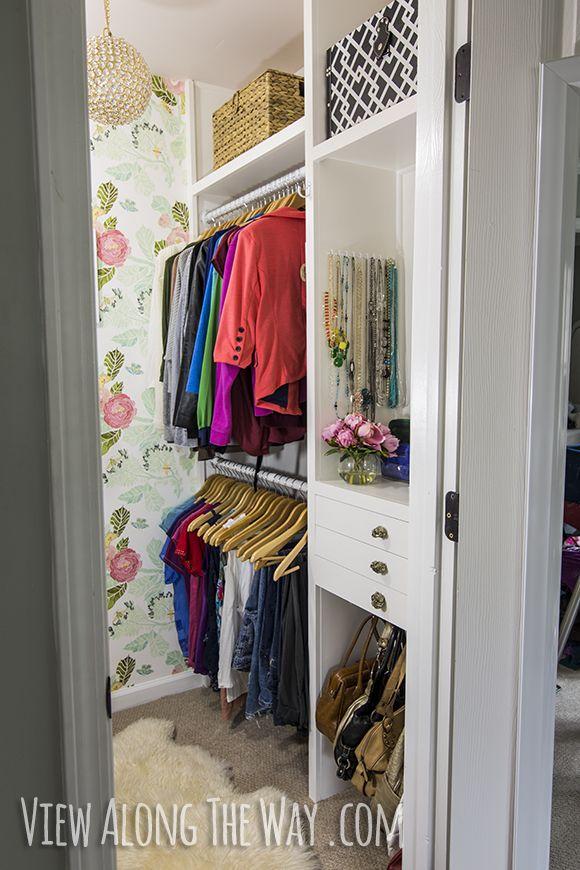closet wallpaper.jpg