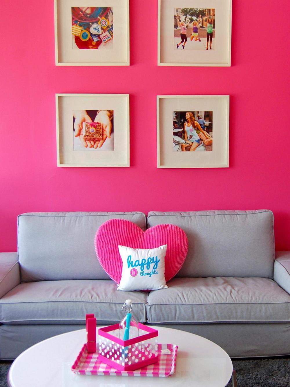 pink sofa.jpg