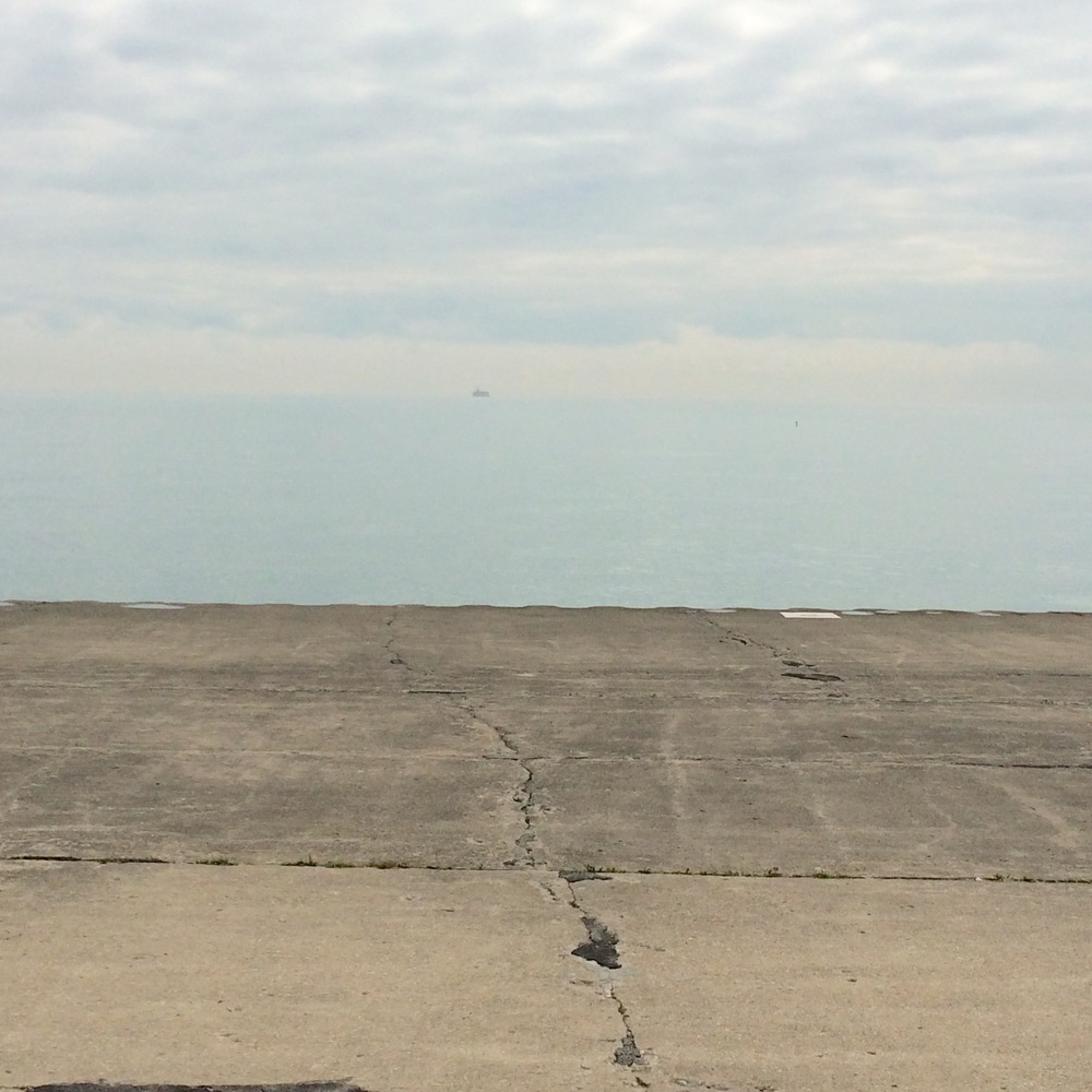 :: lakefront trail chicago - the lake michigan water is so blue that it disappears right into the blue sky horizon! ::