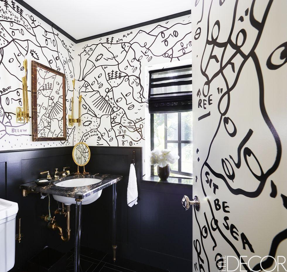 black-and-white-bathroom-01-1503073000.jpg