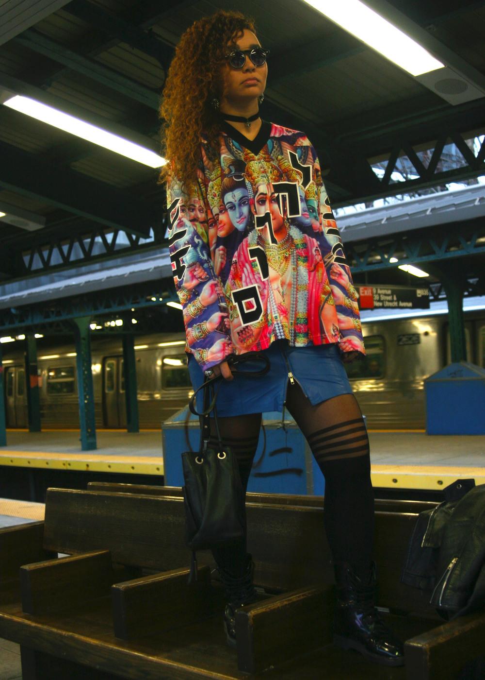 Nirvana (Mishka NYC  Men's Streetwear) Bosquejo Vida Image 2