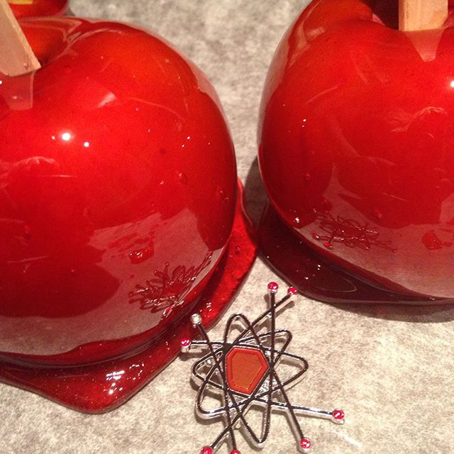 SCIENTIFIQUE brooch in Candy Apple red... Sweet and delicious! #thecraveyard #midcentury #midmod #pinup #vintage #brooch #brooches #1950s #1960s #retro #vlv #candyapple #candyapplered #red #retrored #atomic #pinupgirl #pinupstyle
