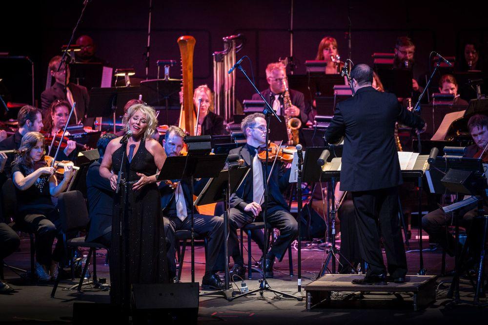Christopher Lennertz, Guest Conductor - Bobbi Page