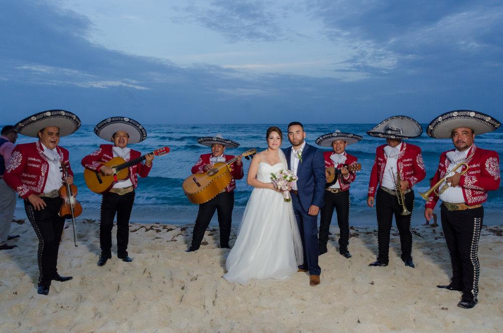 playa del carmen, mariachi