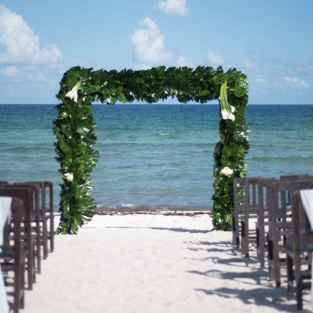 Wedding on a Mexican caribbean beach