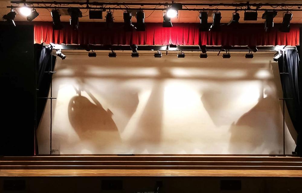 TMMW // Stage Set
