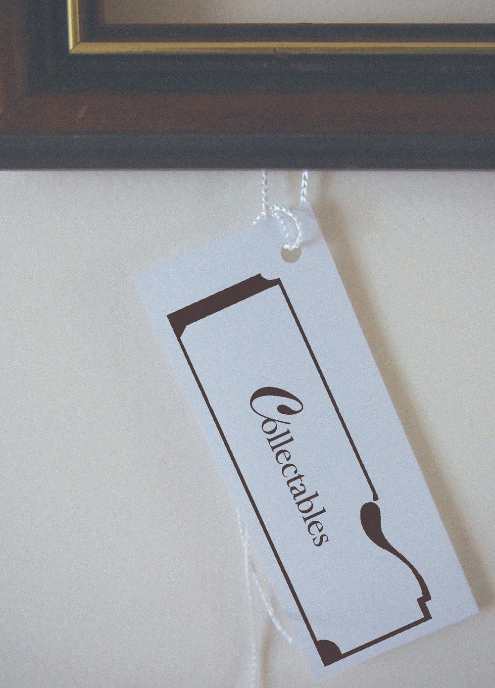[Collectables] Creation of a brand identity for Collectables, a part of Sadigray Boutique. [Above front of label]