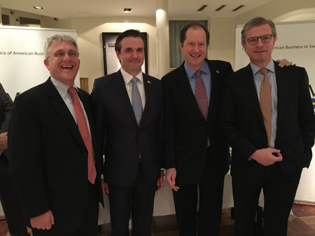 David Mathe, Export Trade Director, State of Delaware Peter R. Dahlen, Managing Director, AmCham Sweden Mark F. Brzezinski, U.S. Ambassador to Sweden Hans Stråberg, Chairman Atlas Copco & EU Co-Chair TABD