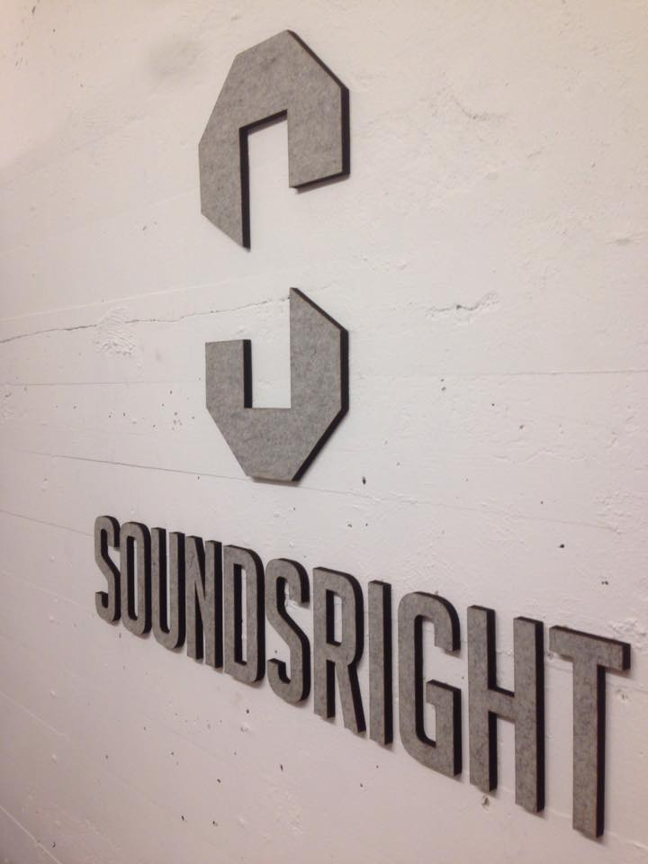 Logo in vilt+mdf voor Soundsright