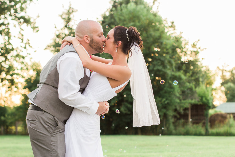 Richmond Kentucky Wedding Photographer - Ariana Jordan Photography -15-2.jpg