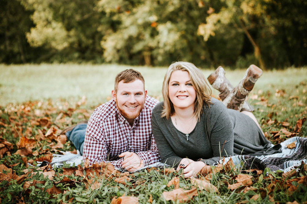 Richmond Kentucky Engagement Photographer - Ariana Jordan Photography -15.jpg