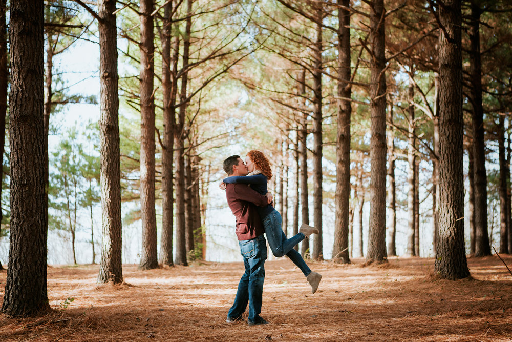 Richmond Kentucky Engagement Photographer - Ariana Jordan Photography -33.jpg