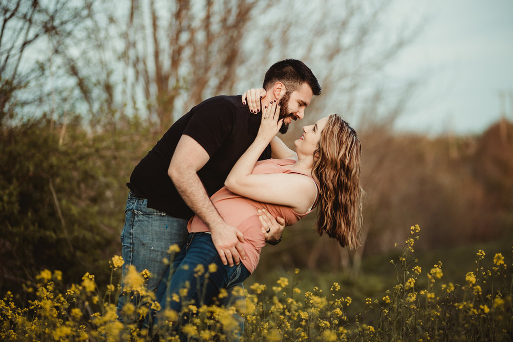 Richmond Kentucky Engagement Photographer - Ariana Jordan Photography -49.jpg