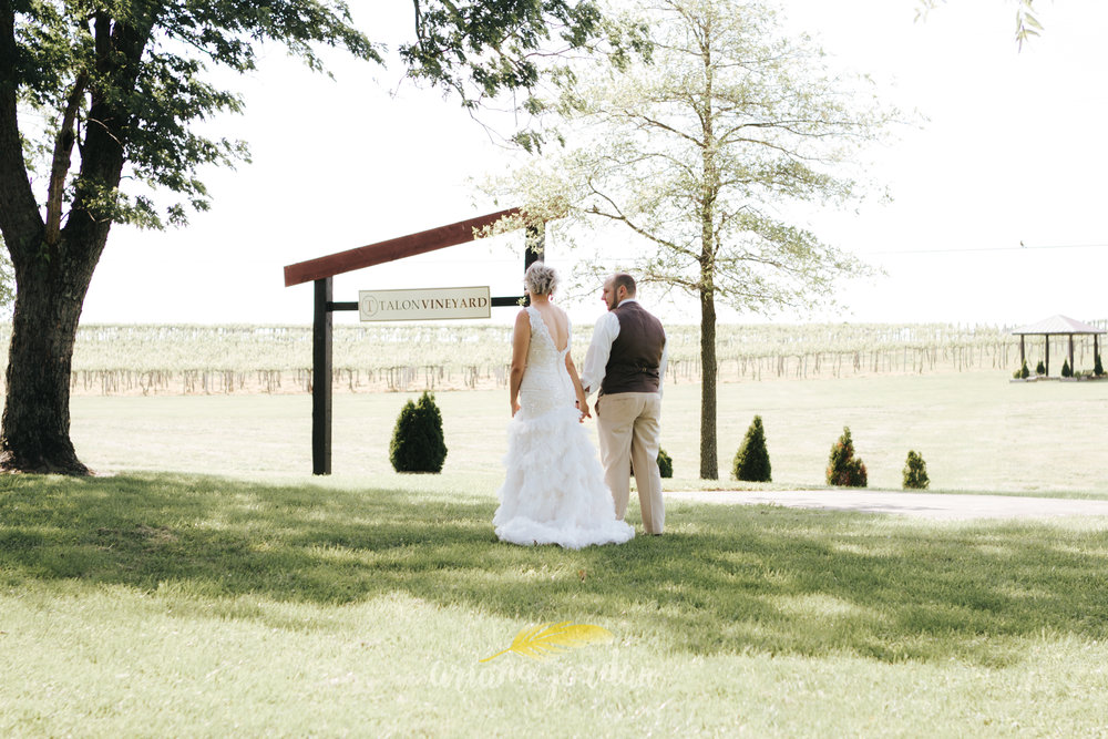 Kentucky Wedding Photographer - Talon Winery -0067.jpg