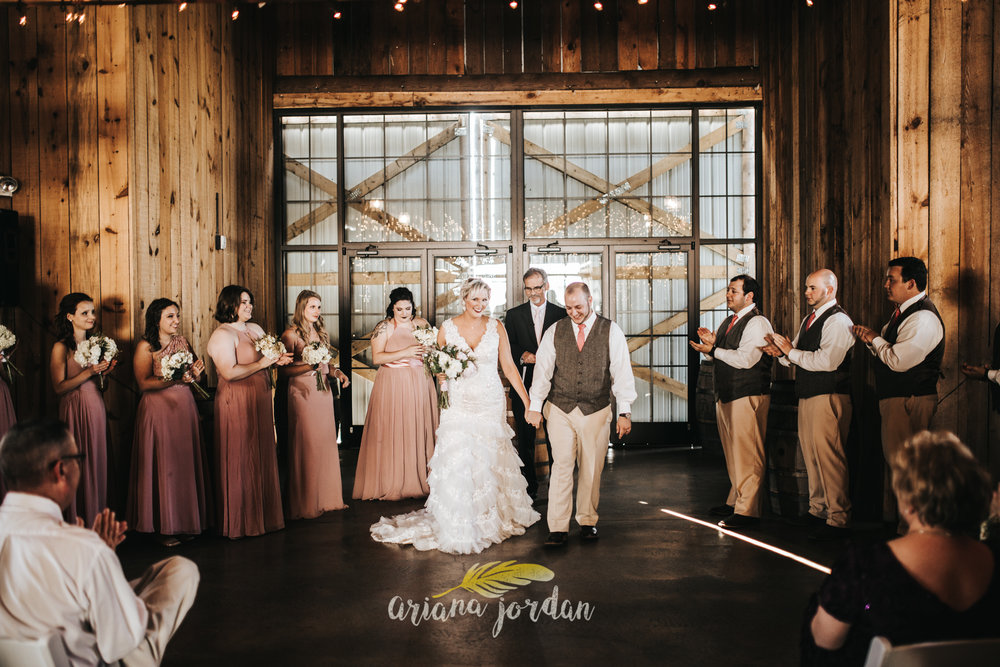Kentucky Wedding Photographer - Talon Winery -0098.jpg
