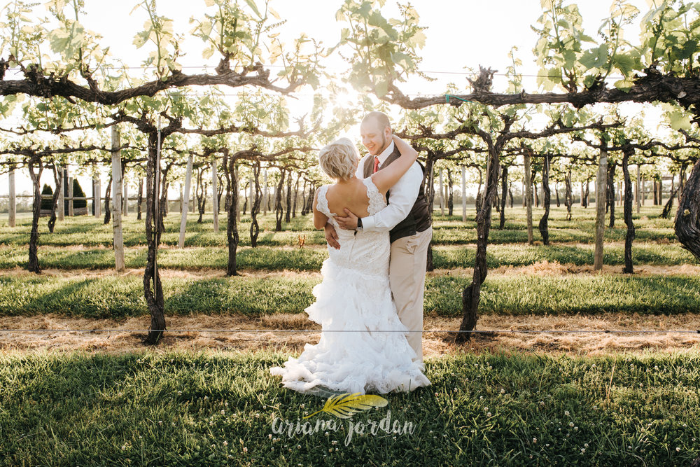 Kentucky Wedding Photographer - Talon Winery -0149.jpg