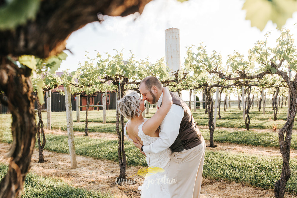 Kentucky Wedding Photographer - Talon Winery -0150.jpg