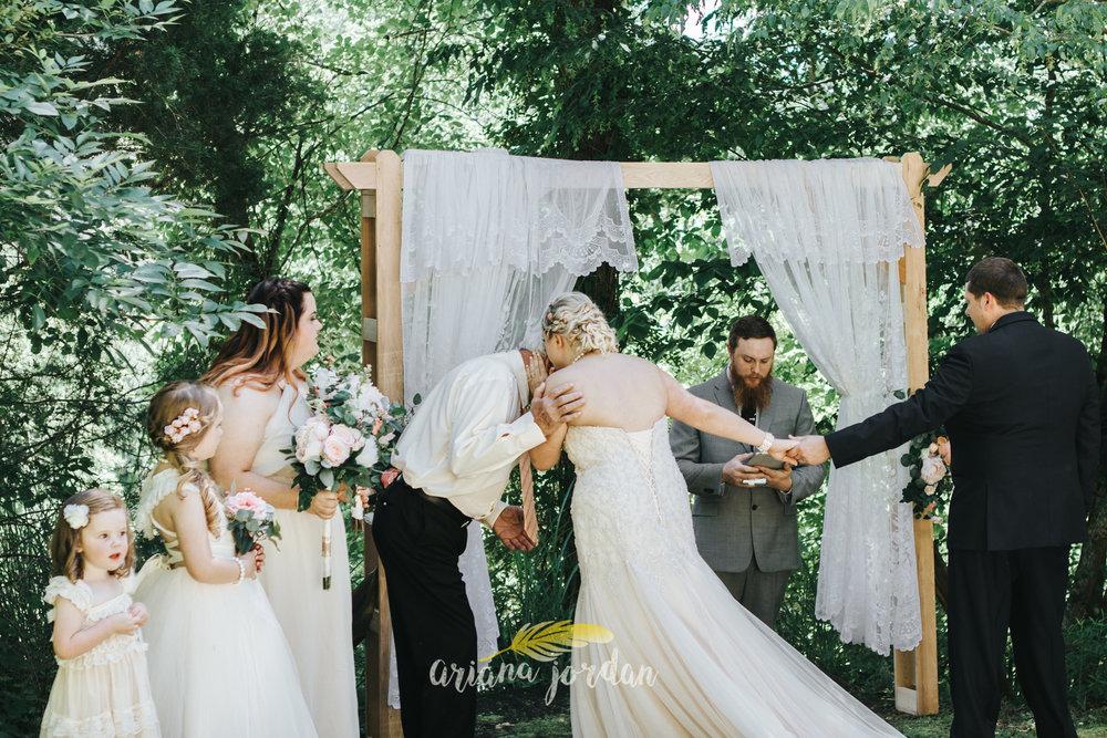 Kentucky Wedding Photographer - Red River Gorge Wedding -66.jpg