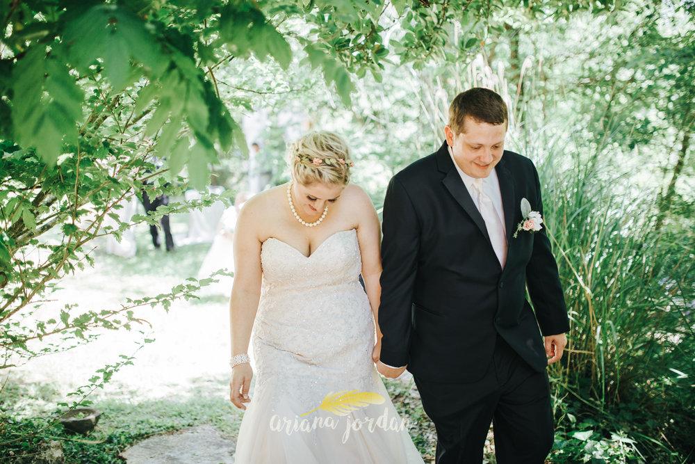 Kentucky Wedding Photographer - Red River Gorge Wedding -93.jpg