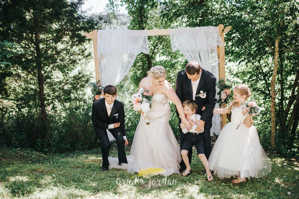 Kentucky Wedding Photographer - Red River Gorge Wedding -107.jpg