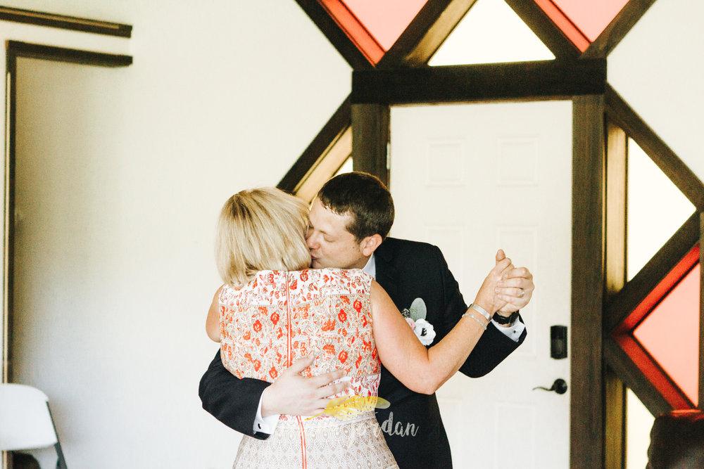Kentucky Wedding Photographer - Red River Gorge Wedding -164.jpg