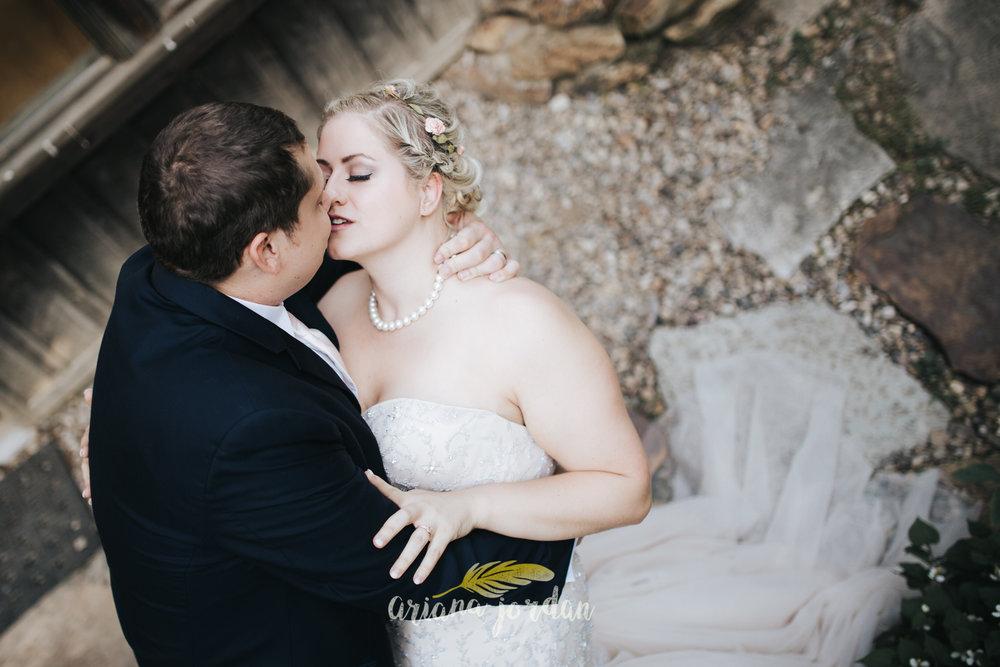 Kentucky Wedding Photographer - Red River Gorge Wedding -207.jpg