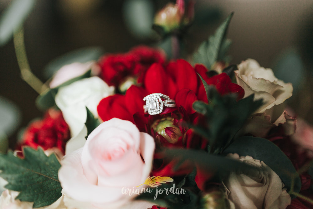 002 - Ariana Jordan - Kentucky Wedding Photographer - Landon & Tabitha 5854.jpg