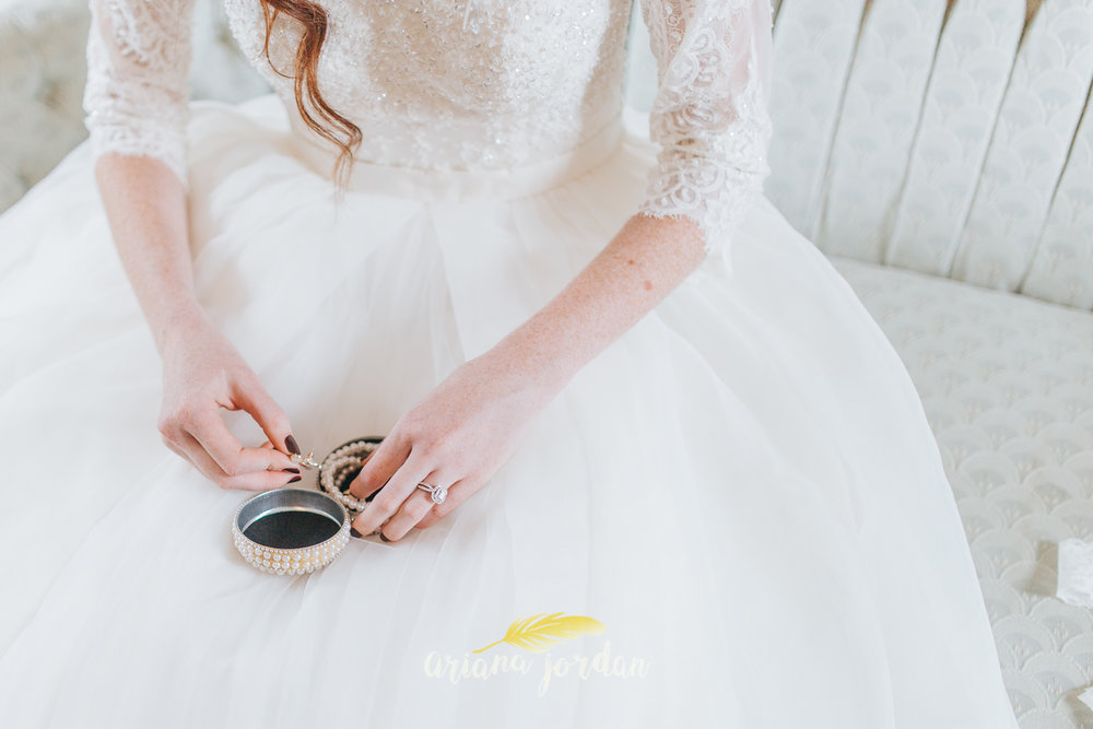 072 - Ariana Jordan - Kentucky Wedding Photographer - Landon & Tabitha 6297.jpg